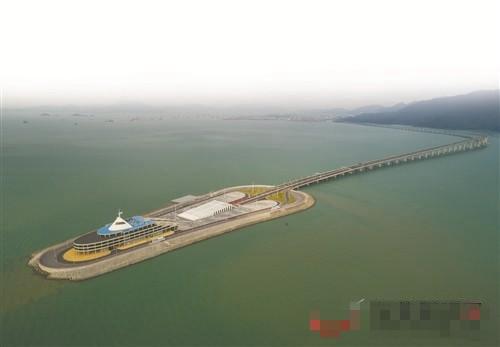 港珠澳大桥今日正式通车运营,将给东莞带来新机遇