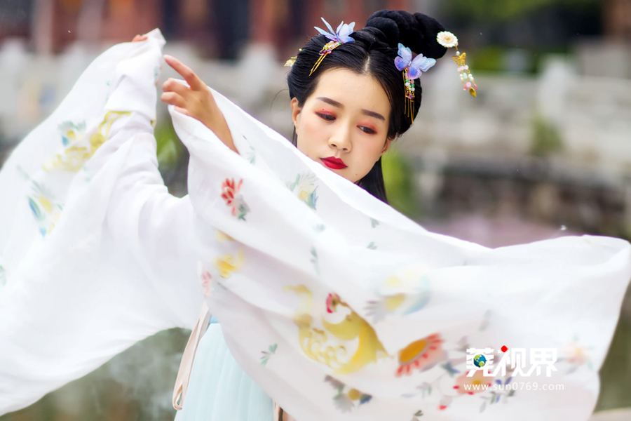 【莞视界】古典美人齐聚南社古村 花朝节展现