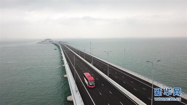 新华网评:桥相连,心相通_东莞