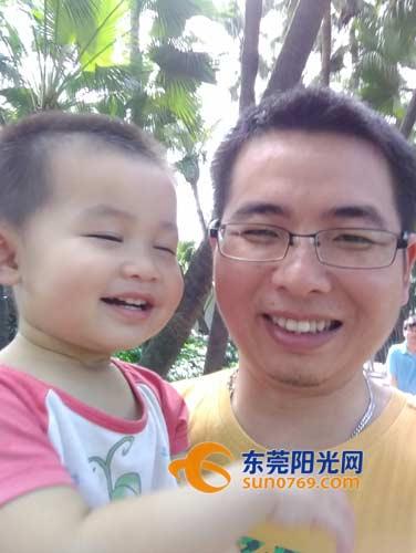 桥头:2岁女儿脑出血至今昏迷近一个月 父亲泣泪求助